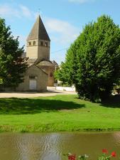 Eglise de Genouilly